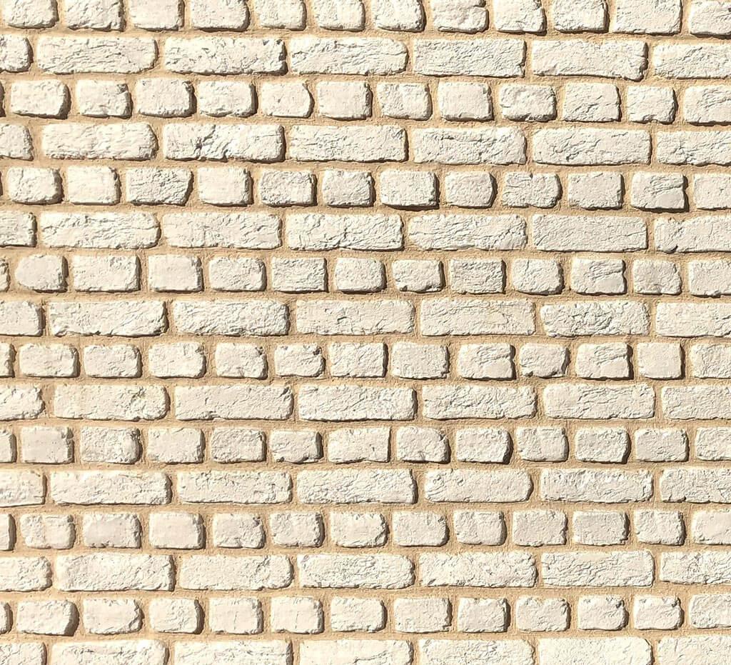 Brick Cream
